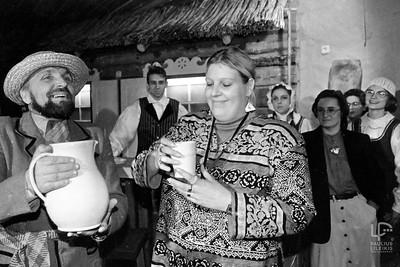 """Rita Dapkutė atidaro savo 'Ritos smuklę""""...1996m."""