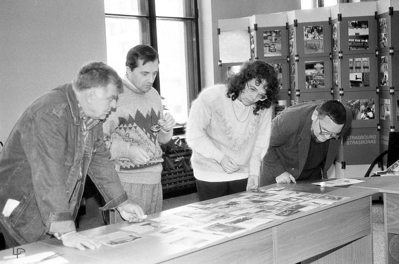 Fotokonkurso vertinimo komisija...dirba