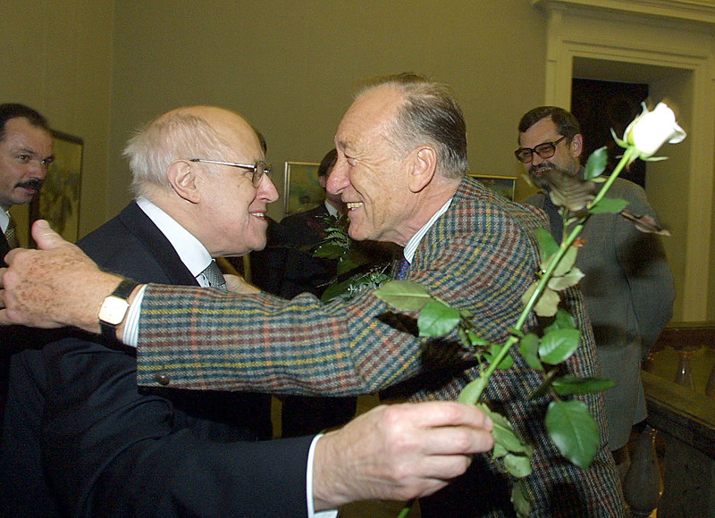 Mistislavas Rostropovičius( Мстисла́в Леопо́льдович Ростропо́вич) ir Radionas Ščedrinas(Родион Константинович Щедрин)