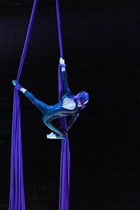 210305_060_Circus-1