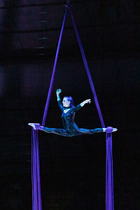 210305_085_Circus-1