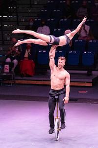 210305_125_Circus-1