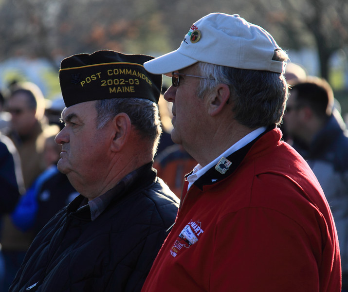 091212_ArlingtonWreaths_5912r1a