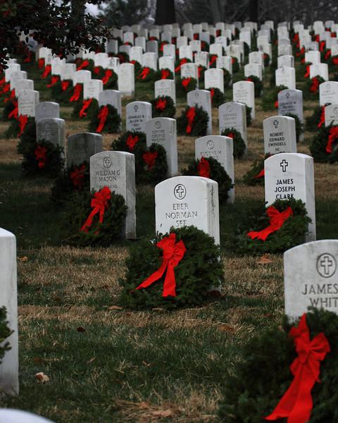 101211_ANC_Wreaths_9786r1a