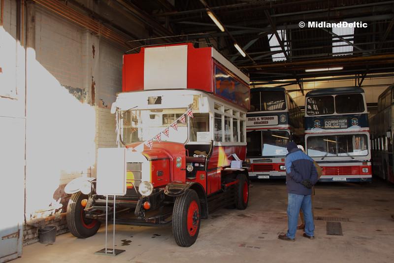 Hearsons DFB704D , Hucknall Bus Depot, 10-01-2016