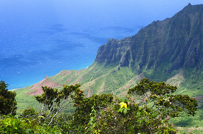 Na Pali Coast by Phyllis Peterson