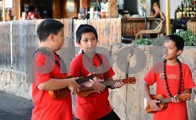 11-19-10 Na Keiki Mele O Pauoa & The Pauoa Ukulele Club at The Aloha Tower Don Ho's Island Grill