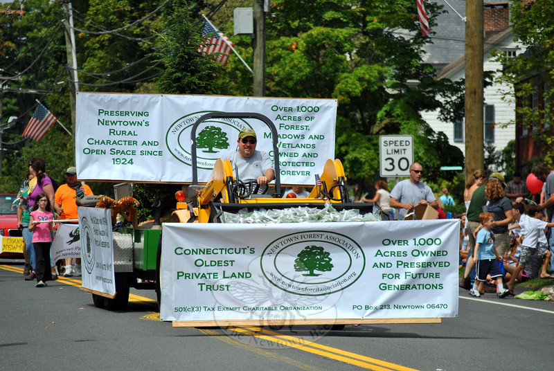 The Newtown Forest Association at this year's Newtown Labor Day Parade. (Crevier photo)