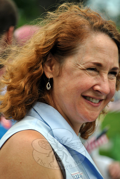 Democrat Elizabeth Esty at the Newtown Labor Day Parade. (Crevier photo)