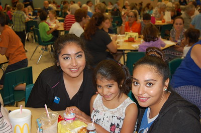 Lylah Gonzales & Family enjoy Grandfriends Day at Memorial Elementary