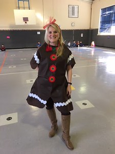 County Line Elementary Dress Like a Gingerbread Day