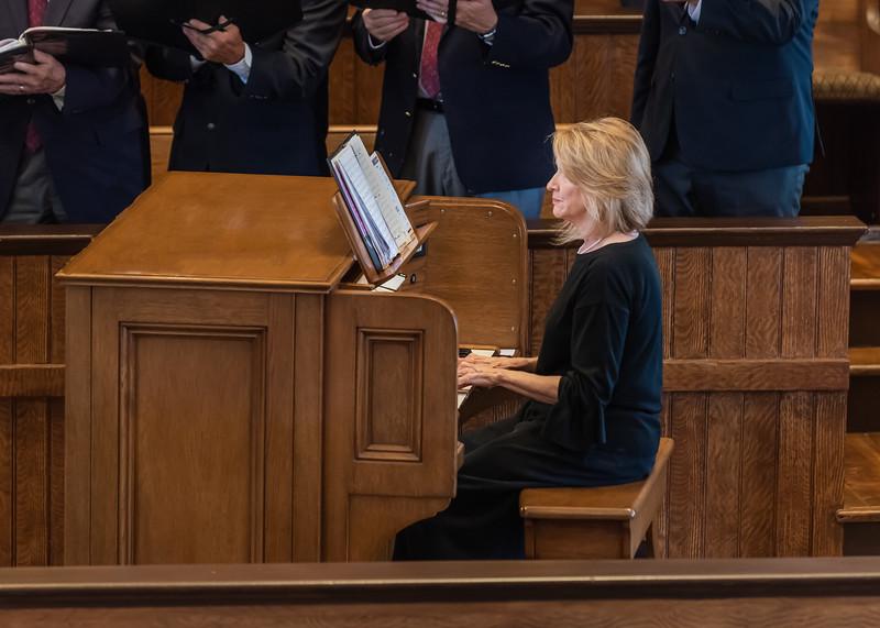 Karen Kennedy, Organist