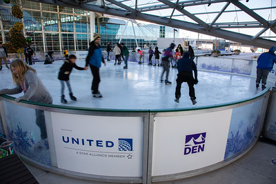 010220_IceSkating-047