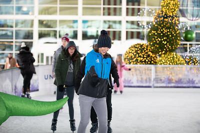 112219_IceSkating-003