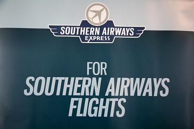 062121_Ribbon_Cutting_Southern_Airways-001