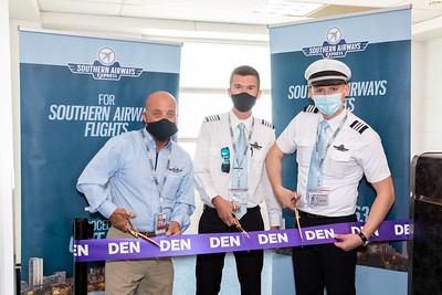 062121_Ribbon_Cutting_Southern_Airways-005