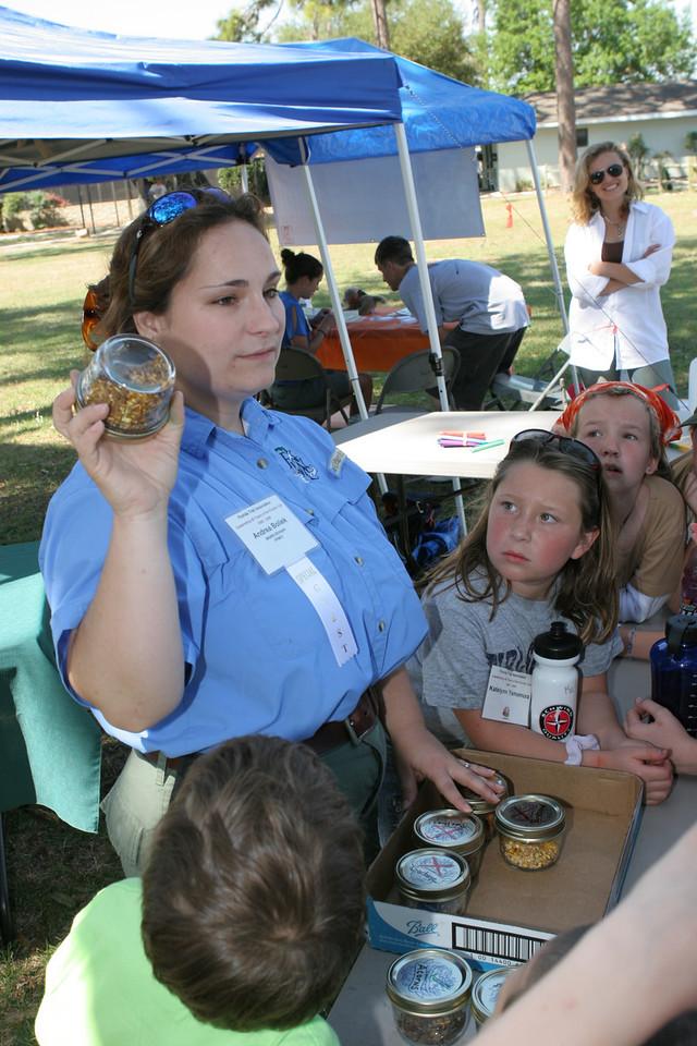 Andrea Boliek does a Family Adventures presentation<br /> PHOTO CREDIT: Bob Stone / Florida Trail Association
