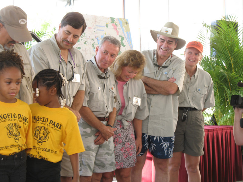 Elementary school students from Tangelo Park join the expedition members to wish them safe journeys
