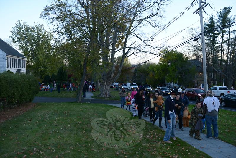 KB_Halloween -- crowds on sidewalk