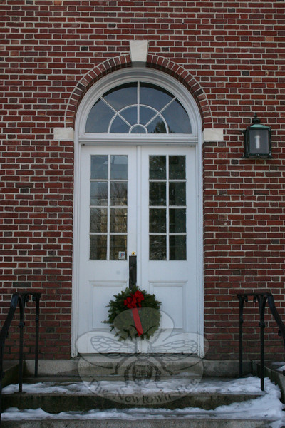 Edmond Town Hall's exterior, including the former entry to the First Selectman's suite of offices, has been decorated for the holidays.  (Hicks photo)