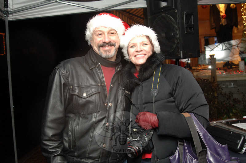 Michael and Kat Barton were among those who braved the weather for the Sandy Hook Tree Lighting on December 5.  (Bobowick photo)