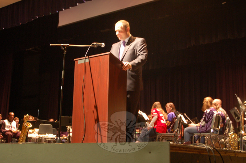 Sergeant First Class with the United States Army Reserve Chris Hogan was the guest speaker for Newtown High School's Veterans Day Ceremony on Wednesday, November 11. He spoke regarding the idea of service to the county.  (Hallabeck photo)