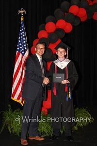 2016 LTHS Grad-13