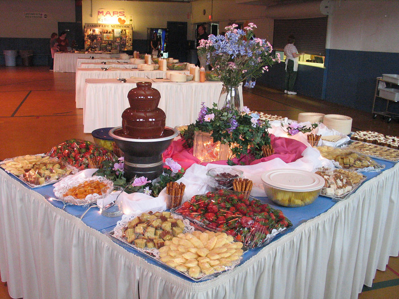 Chocolate fountain and dipping desserts.