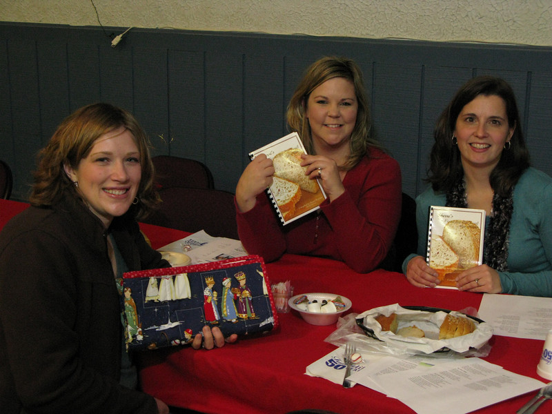 Shelly Binsfeld, Ella Chatlani and Jeanna Schooley from Big Flats MOPS with their purchases from the craft sale.