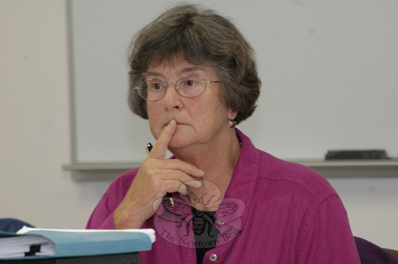 Planning and Zoning Commission chairman Lilla Dean.  (Bee Photo, Gorosko)