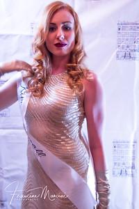 Model Tiffany Rudi wearing Kim Cattrall