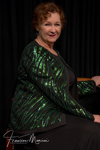 Cynthia Darlow in Carol Burnett's Bob Mackie sequin jacket.