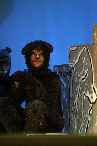 The Lion the Witch and the Wardrobe Closing  Nov 10, 2013  (40)