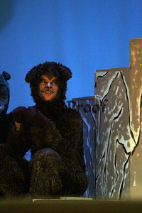 The Lion the Witch and the Wardrobe Closing  Nov 10, 2013  (39)