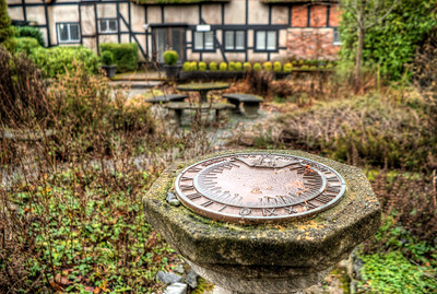 Sundial in Garden, Anne Hathaways Cottage (Replica), English Inn & Resort, Victoria, BC, Canada