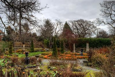 Garden at Anne Hathaways Cottage (Replica), English Inn & Resort, Victoria, BC, Canada