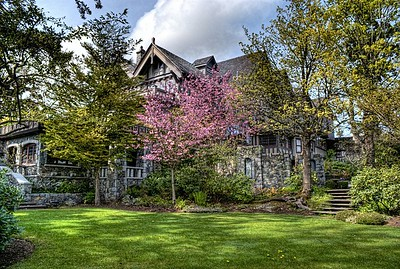 "English Inn & Resort, Victoria, BC, Canada Visit our blog ""Springtime At The Inn"" for the story behind the photo."