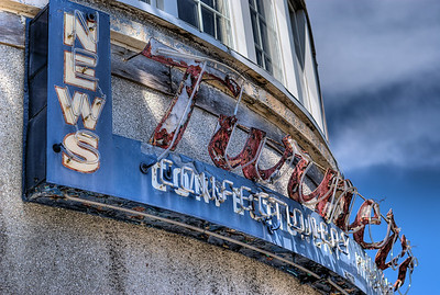 """Ian's Coffee Stop / Turner's News - Victoria, BC, Canada Visit our blog """"A City Landmark Lies Forlorn"""" for the story behind the photos."""