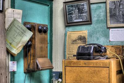 hdr phone vintage