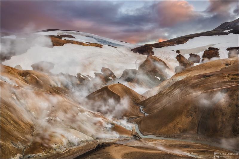 Walking on Boiling Mountains | Гуляя по кипящим горам