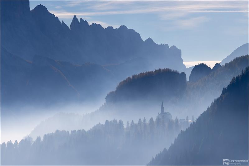 Soaring above Clouds | Паря над облаками