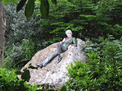 Dublin - Oscar Wilde's Statue in a park.