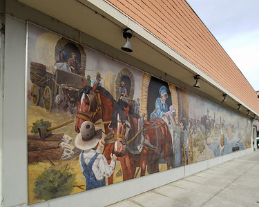 More building murals in the Dalles.