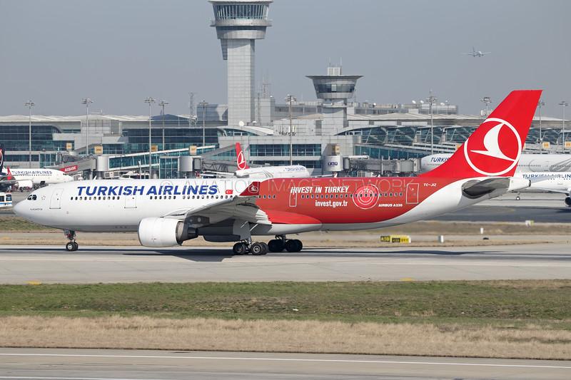 TC-JIZ   Airbus A330-223   Turkish Airlines