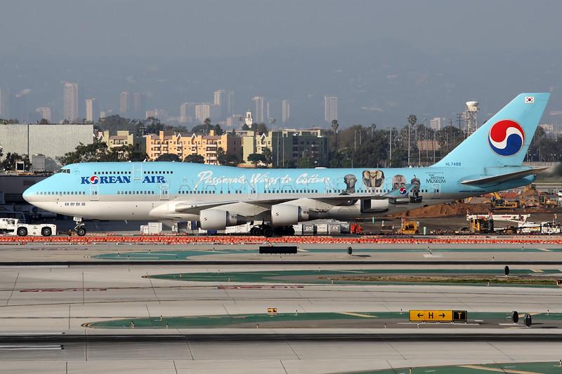 HL7488 | Boeing 747-4B5 | Korean Air