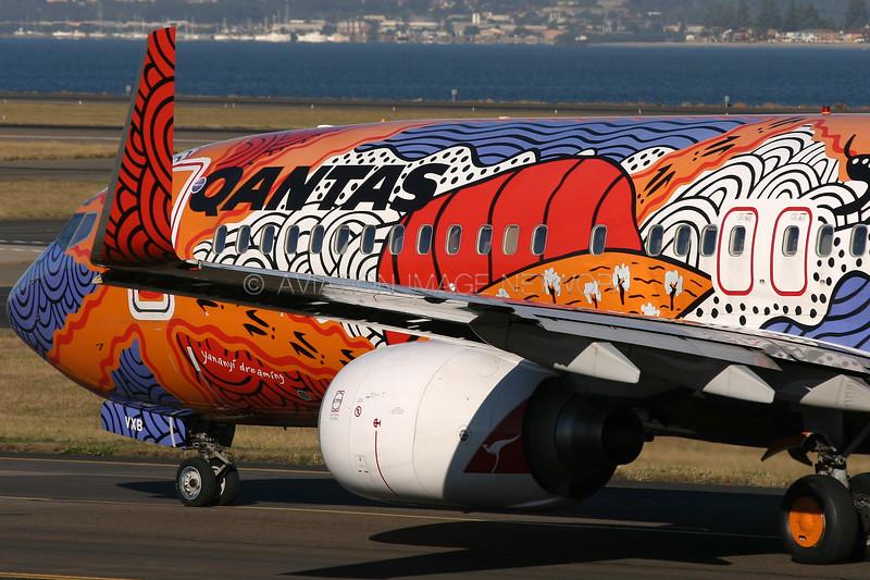VH-VXB   Boeing 737-838   Qantas