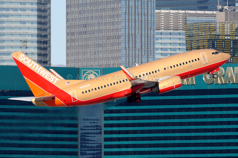 N792SW | Boeing 737-7H4 | Southwest Airlines