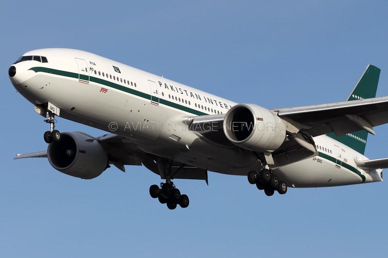 AP-BMG   Boeing 777-2Q8/ER   PIA - Pakistan International Airlines