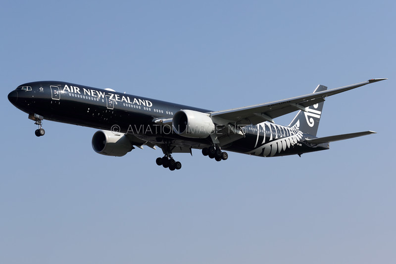 ZK-OKQ   Boeing 777-319/ER   Air New Zealand