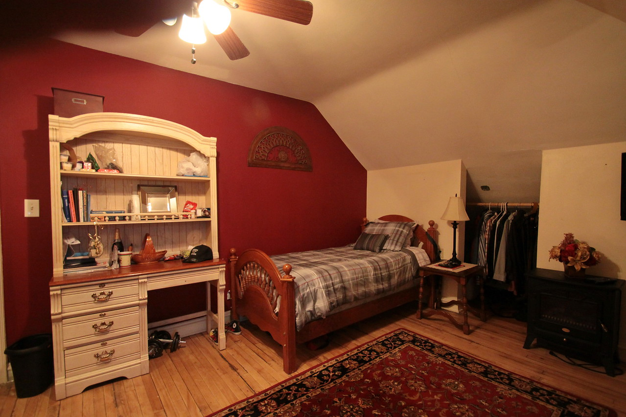 IMG_1987_Bedroom